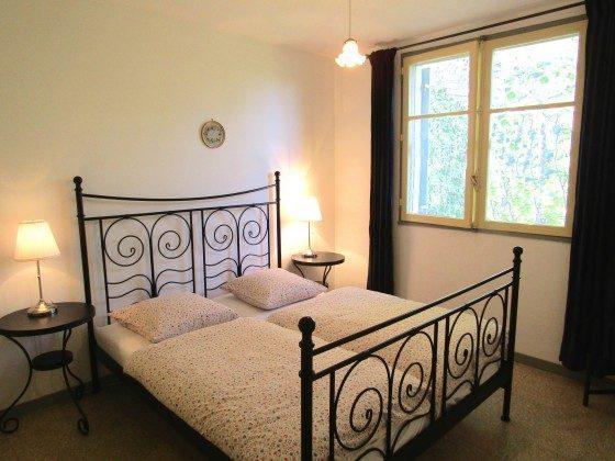 """""""Le Mûrier"""" - Schlafzimmer 1 mit Doppelbett"""