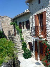 Bild 2 - Provence - Languedoc Kleines Dorfhaus bei Uzès - Objekt 22722-1