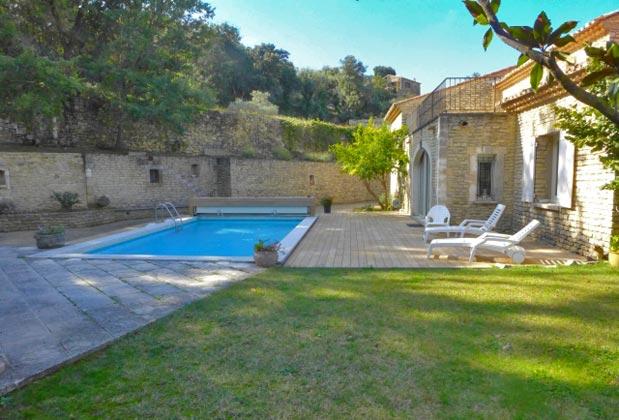 Maubec, Frankreich Ferienhaus Garten, Terrasse und Pool Ref.:95515-7
