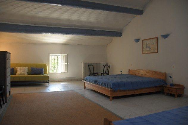 Familienzimmer mit fünf Betten