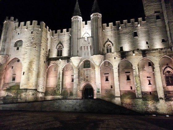 Avignon mit Palais des Papes  45 min.