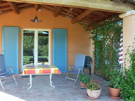 Ferienwohnung Provence mit nahegelegener Tennisanlage