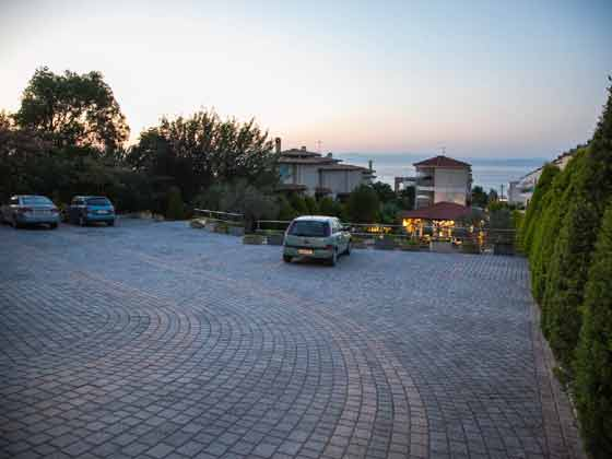 Parkplatz auf dem Grundstück - Objekt 2865-1