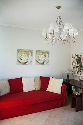 Schlafcouch im Wohnraum Wohnbeispiel  2 - Objekt 2865-1