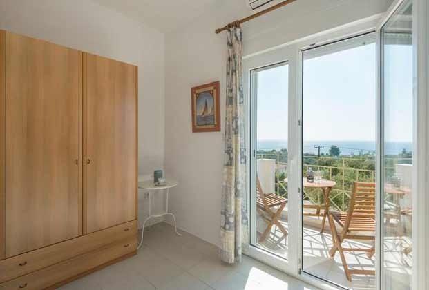 Schlafzimmer 3 mit Balkon - Objekt 98602-1