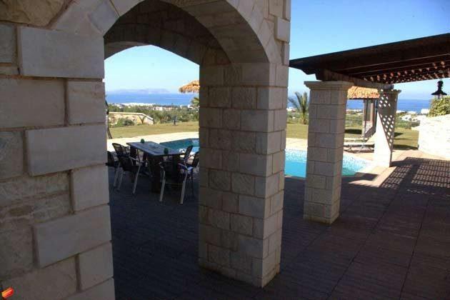 Terrasse und Pool - Objekt 174945-10