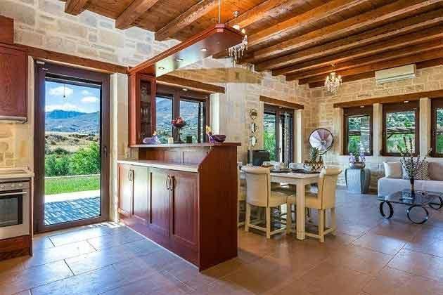 Blick vom Küchenbereich ins Wohnzimmer - Objekt 174945-11