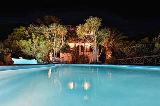 die Villa bei Nacht - Objekt. 174945-3