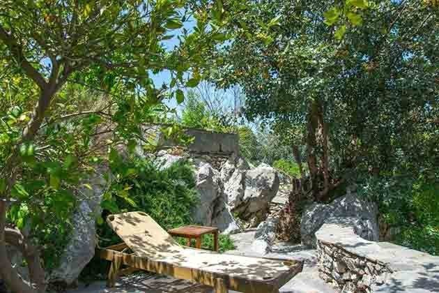 kleine Sitzterrasse im Garten - Bild 1 - Objekt 174945-1