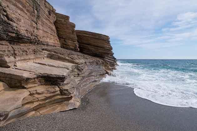Felsen am Strand von Triopetra