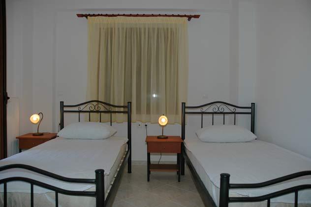 Schlafzimmer 2 von 4  - Objekt 88634-3