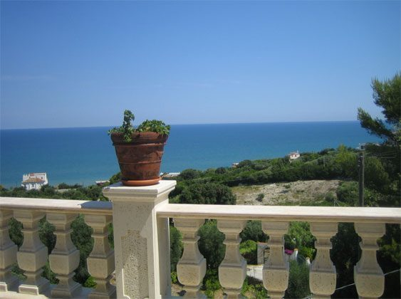 Terrasse Apulien Gargano Ferienwohnung Aqua Marina