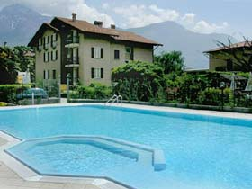 Appartements Domaso Pool