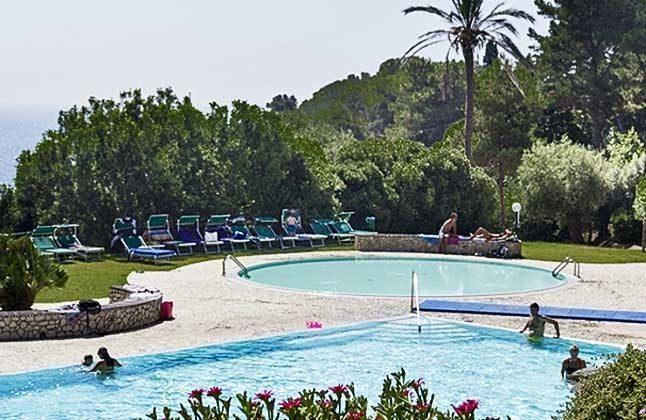 Schwimmbad Capo d�Arco Ferienwohnung Ref. 112305-44