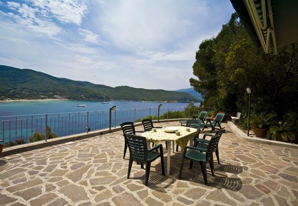 Terrasse b Ferienwohnung Elba Villino Forno 2598-29