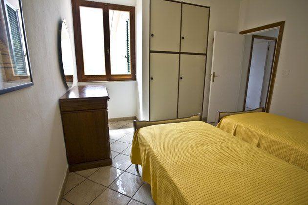 Schlafzimmer b Ferienwohnung Elba Villino Forno 2598-29