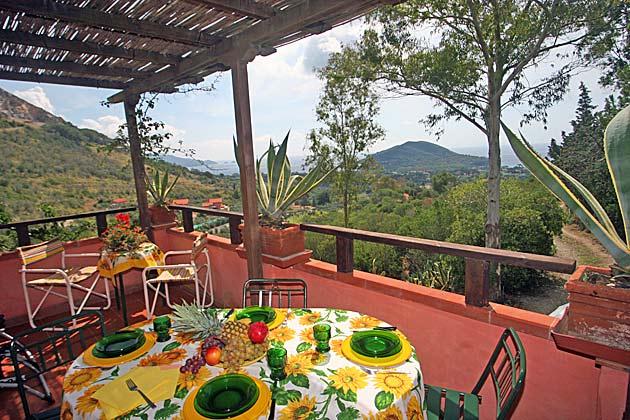 Ferienwohnung Elba mit Garten