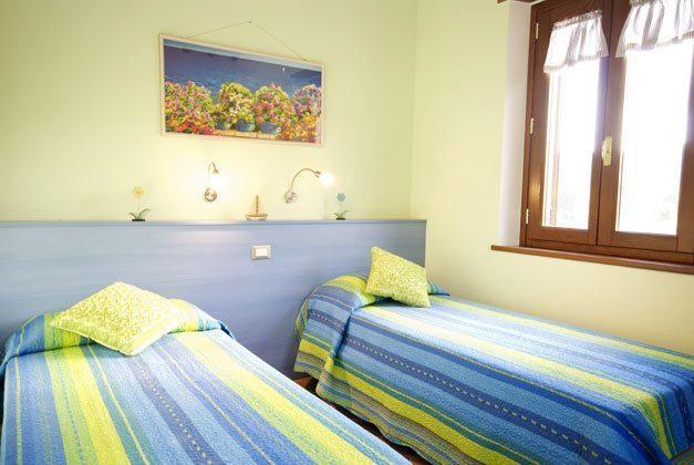 Schlafzimmer 2 Rosmarino Ferienwohnungen Marina di Campo Ref. 112305-38