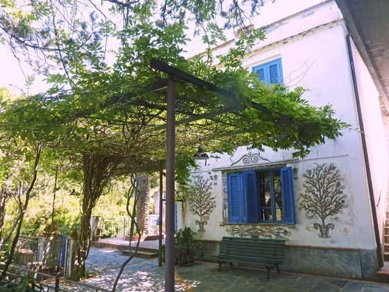 Fassade Nisporto Ferienwohnung Ref. 112305-47