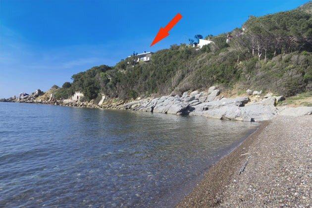 Lage in der Bucht von Nisporto