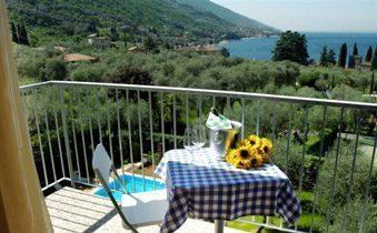 Ferienapartments Gardasee Typ B Balkon Seeblick