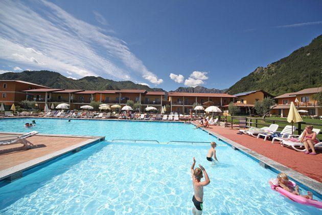 Italien Ferienwohnung am Gardasee Residence Tremosine Swimming Pool