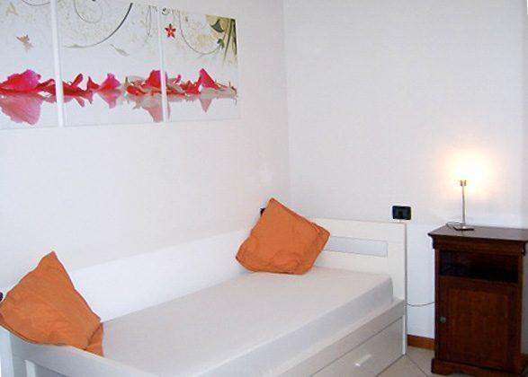 Einzelbett Schlafzimmer   Ferienwohnung Iseosee 65162-9