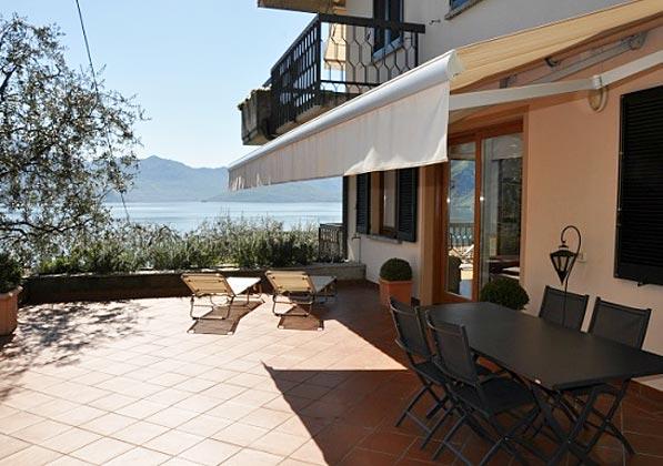 Übersicht Terrasse Ferienwohnung Iseosee 65162-4