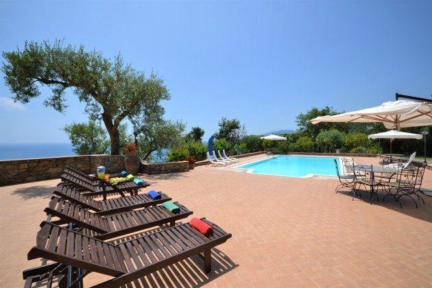 Villamare Ferienvilla mit Pool Ref. 42426-1
