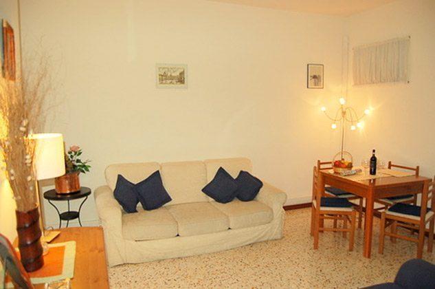 Wohnzimmer c Ferienwohnung Rom Navona Ref. 3573 / 978