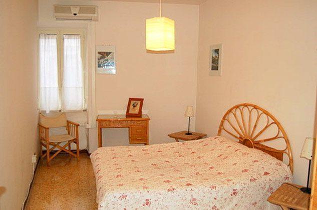 Schlafzimmer 1 Ferienwohnung Rom Navona Ref. 3573 / 978