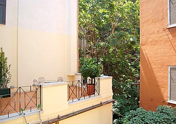 Terrasse c Rom Ferienwohnung Ref. 3573-23 / 1949