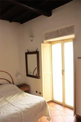 Schlafzimmer Doppelbett b Ferienwohnung Rom 3573-27 / 1382