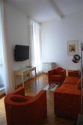 Wohnzimmer b Apartment Rom Spanische Treppe 3573-61 / 1584