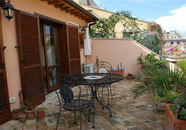 Terrasse d Apartment Rom Spanische Treppe 3573-64 / 1011