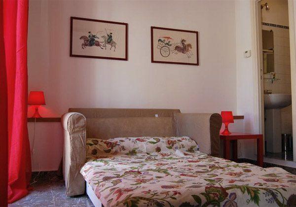 Schlafsofa b Ferienwohnung Rom spanische Treppe 3573-65 / 1542
