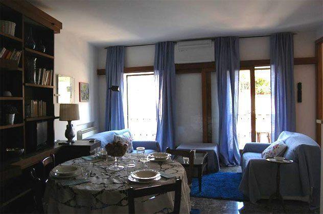 Wohnzimmer c Ferienwohnung Rom spanische Treppe 3573-65 / 1542
