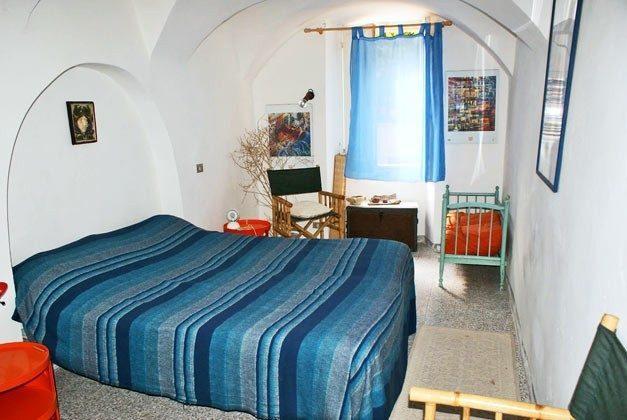 Schlafzimmer 1 Ferienhaus Bosa - B3 - Ref 2994-9