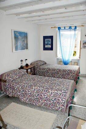 Schlafzimmer 2 Ferienhaus Bosa - B3 - Ref 2994-9