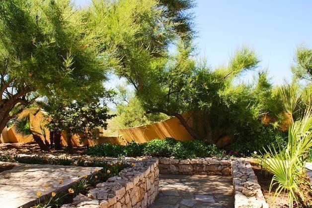 Gartenansicht Sa Rocca Tunda Ferienwohnung Ref. 2994-13