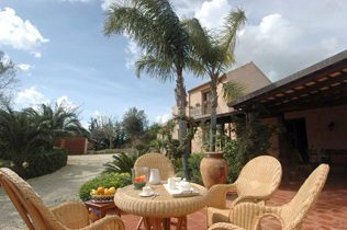 Ferienwohnung Sizilien mit Garten