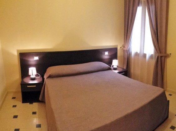 Schlafzimmer Doppelbett - Cefalu Apartment Alicudi Ref. 166798-10