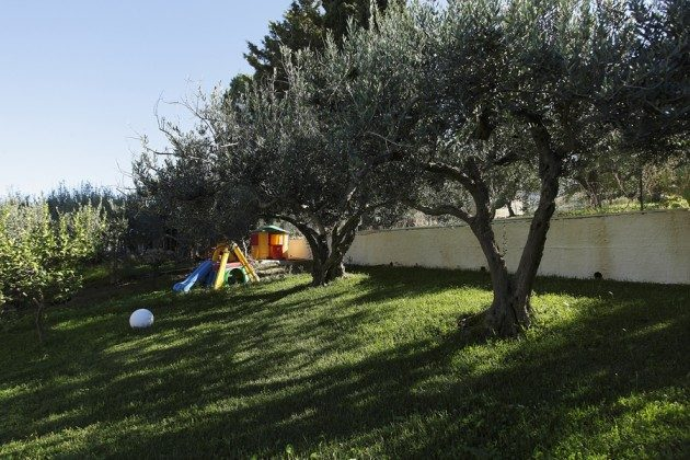 Rasenfläche mit Spielplatz Scopello Ferienhaus Ref. 152254-10