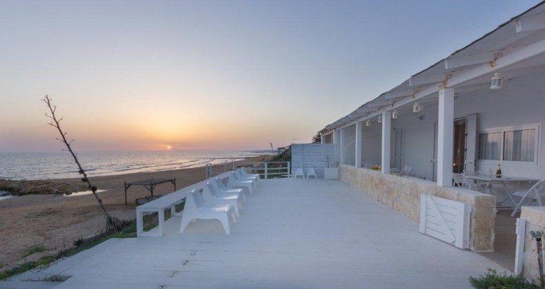 Abends am Meer Ragusa Strandvilla Ref. 174333