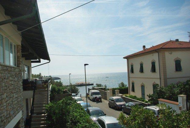 Blick zum Meer vom Balkon Ferienhaus am Meer in Castiglioncello Ref 146563-1