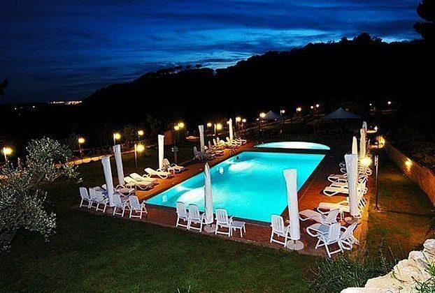 Pool bei Nacht Italien Toscana Ferienwohnungen Ref. 152443-2