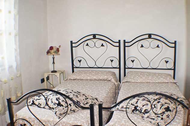 """Schlafzimmer 1 """"Papavero"""" Italien Toscana Ferienwohnungen Ref. 152443-2"""