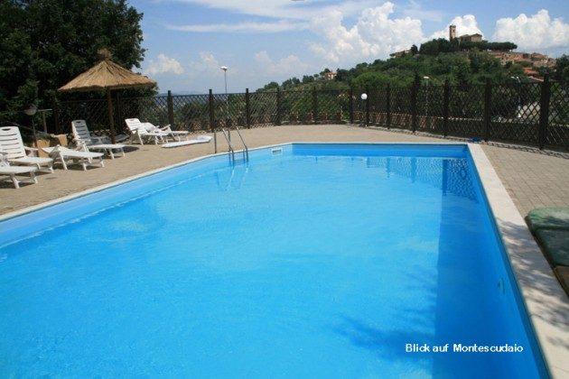 Pool, Blick nach Montescudaio