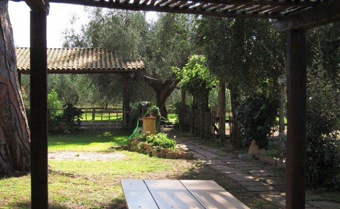 Sitzplatz vor Il Vignone A4