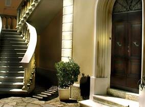 Eingang Toskana Villa am Meer